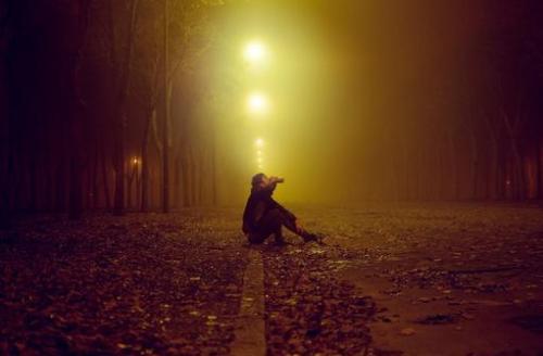 红包表情图_悲伤黑暗图片唯美_黑暗堕落压抑的图片_孤独伤感绝望黑暗图片 ...